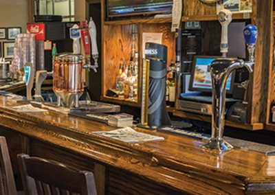 Ye_Olde_Squire_Irish_Pub_Welland_Ontario_Gallery_002